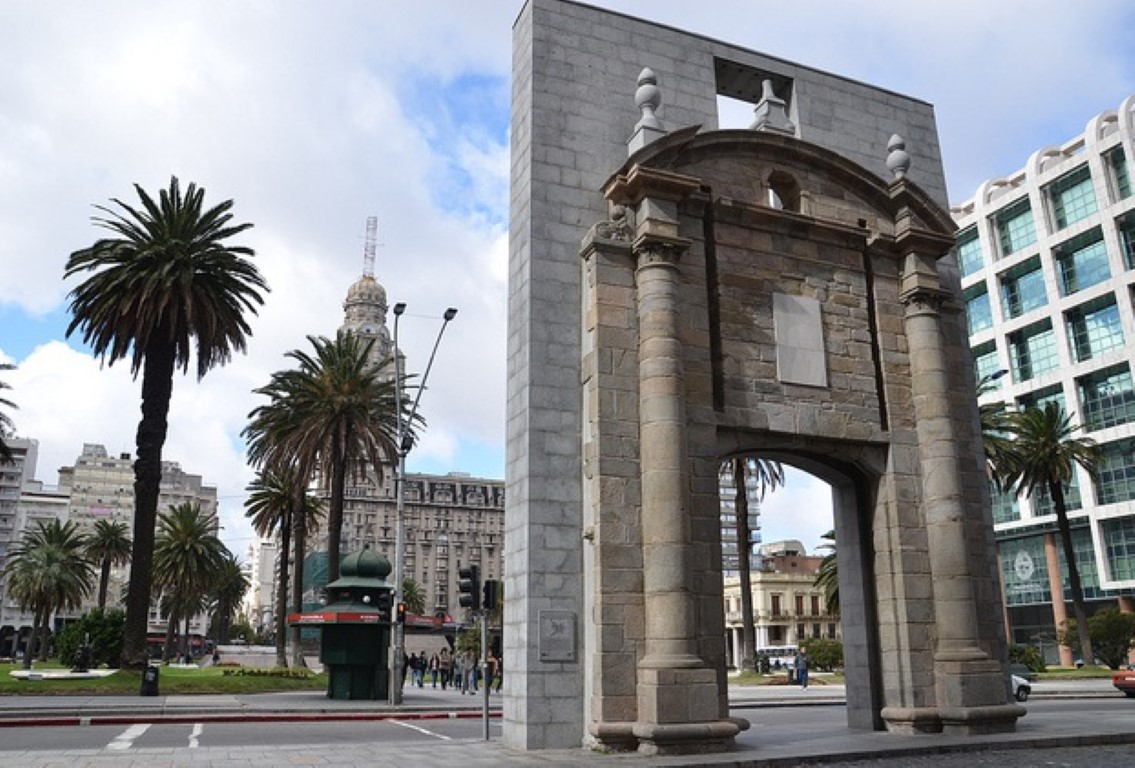<span>Plaza Independencia. </span></p>