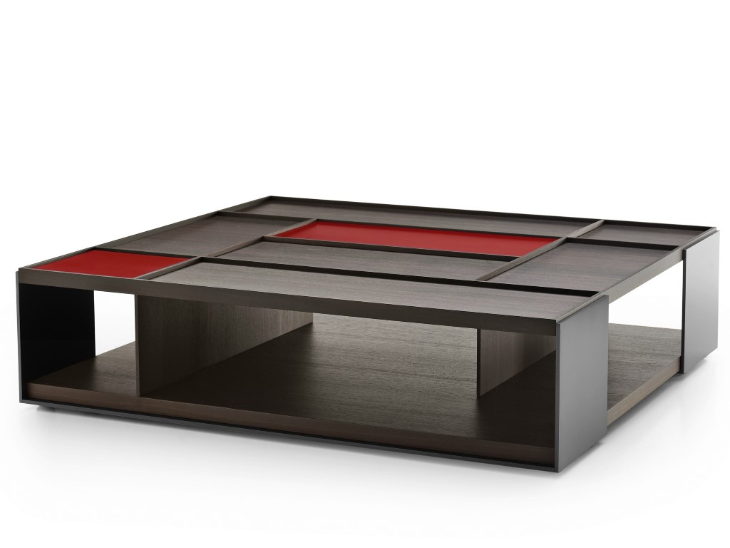<span>Mesa Surface by Vincent Van Duysen, para B&B Italia. </span></p>