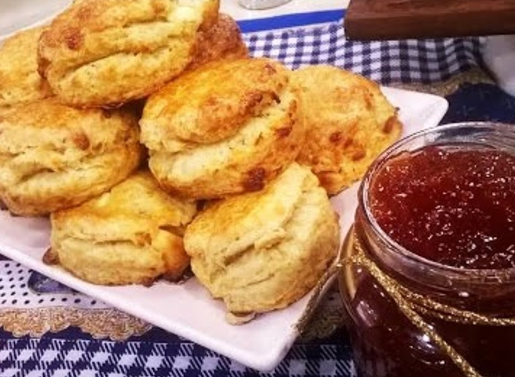 <span>Originales scones con chocolate blanco y pimienta.</span></p>