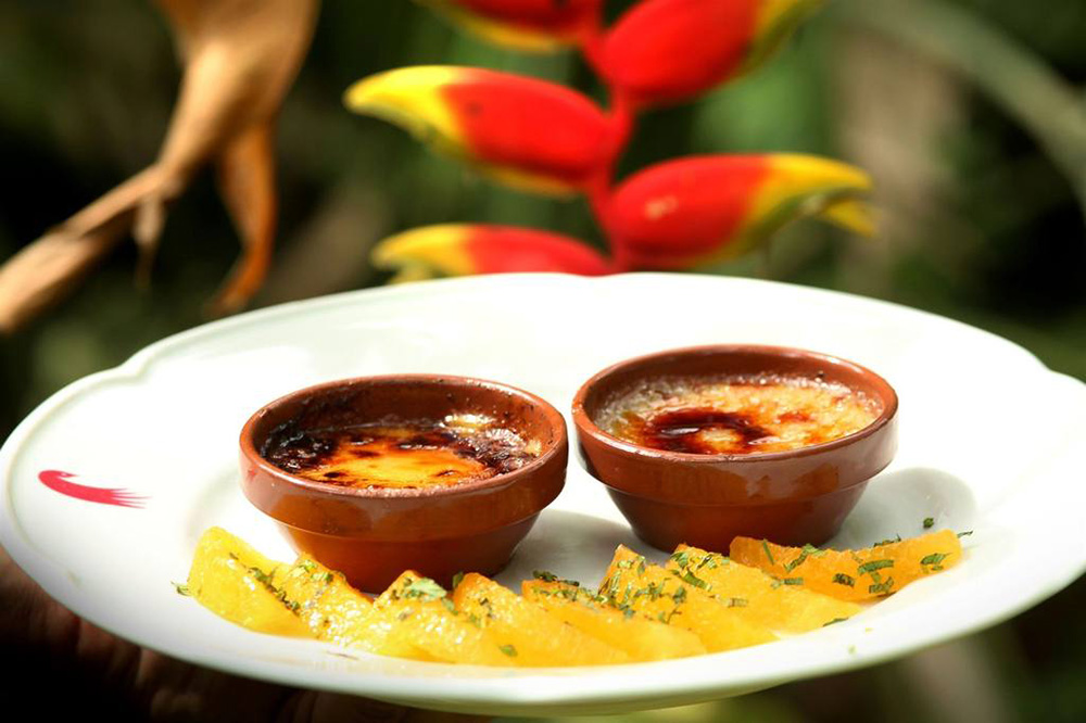 <span>Créme brulee con mango, muy tropical.</span></p>
